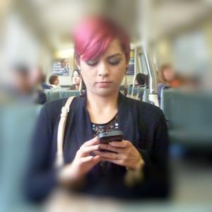flickr_teen_cellphone